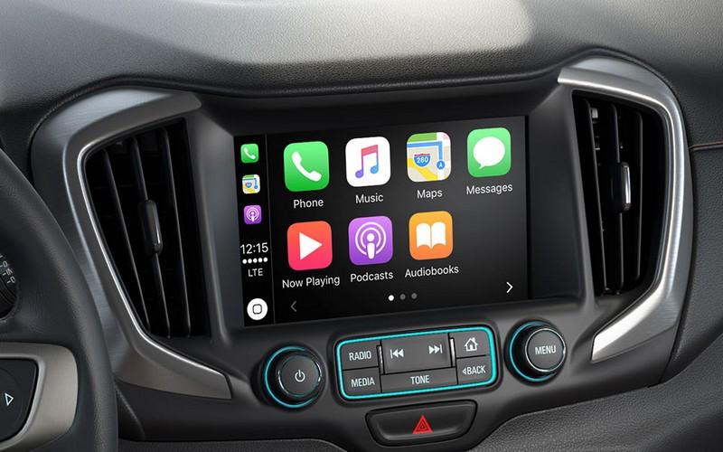 2018 GMC Terrain Compact SUV- int
