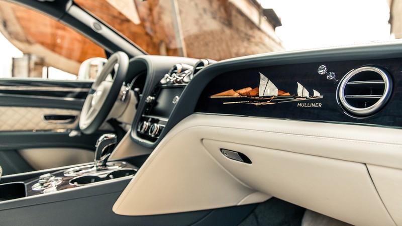2019 Bentley Bentayga Pearl of the Gulf int-