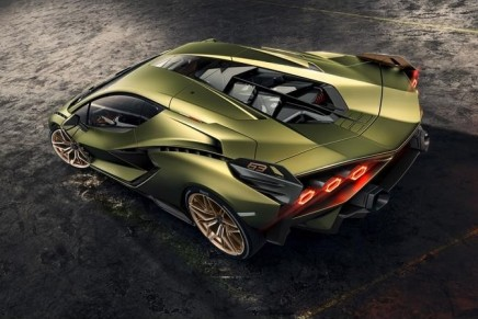 63 individuals worldwide will own not only the fastest, but a unique Lamborghini Sián