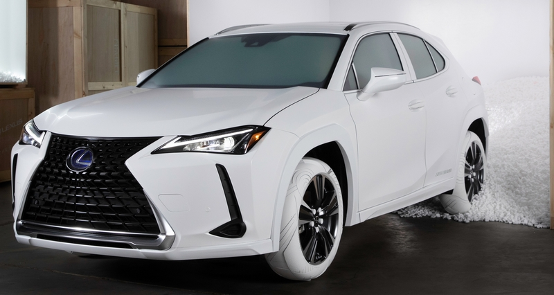 2019_Lexus_UX_Sole_ Lexus UX tires inspired by John Elliott x Nike AF1 shoe-