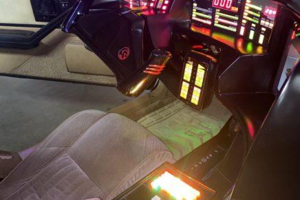 David Hasselhoff will personally deliver his Knight Rider KITT car to the winning bidder