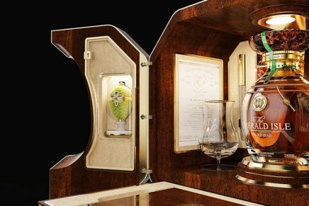 A new world record has been achieved for the world's most expensive whiskey collectors' set