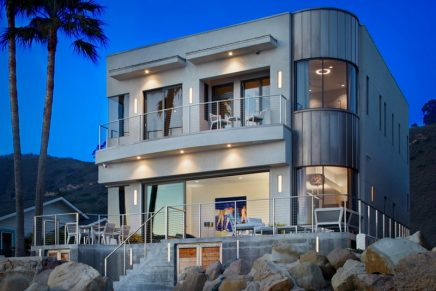 Net-zero carbon footprint oceanfront home owned by award-winning actor listed for $4,995,000