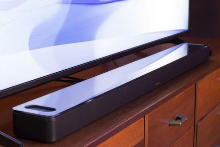 The Smart Soundbar 900 puts you in the center of your music or movies in an entirely new way.