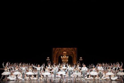 Chanel – Patron of the Ballet de l 'Opéra de Paris