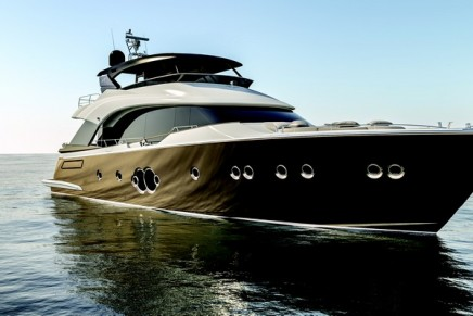 The new 24 meters MCY 80: a sophisticated yacht with Hermes, Armani Casa and Minotti elements