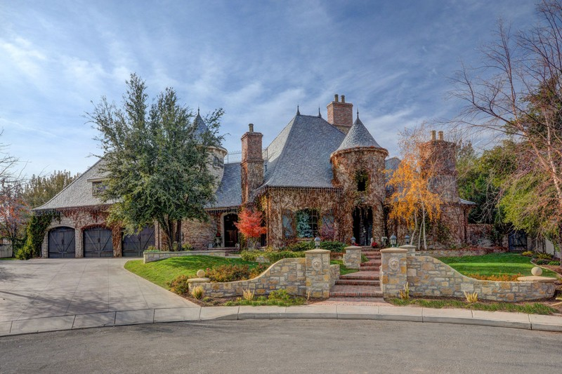 250 Le Grande Circle, Santa Clara, Utah - a gracious French country estate on approximately 1.6 private acres