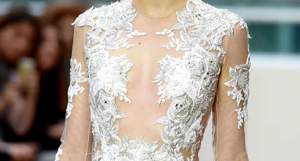 5 of the most luxurious wedding dresses in the world - Julien Macdonald's 2014 diamond wedding dress - details
