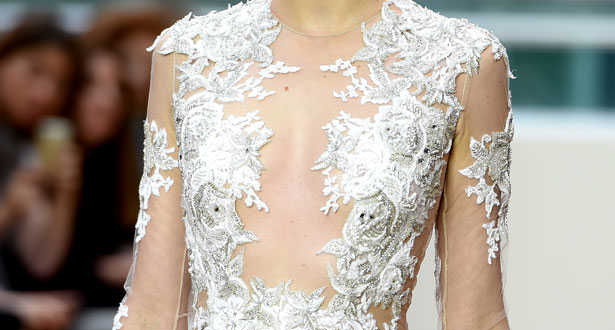 5 of the most luxurious wedding dresses in the world - Julien Macdonald's 2014 diamond wedding dress - details