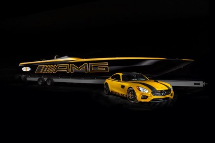 5th Mercedes-AMG x Cigarette Racing concept presented at 2015 Miami International Boat Show