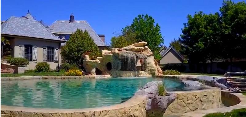 9- 250 Le Grande Circle, Santa Clara, Utah - Massive Pool