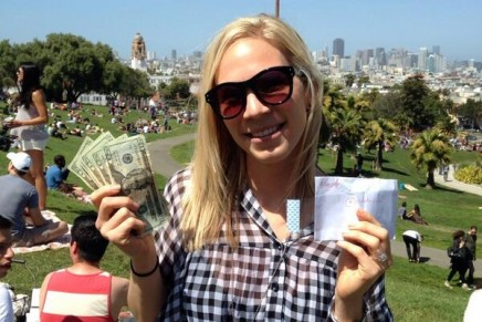 @HiddenCash: Twitter mystery man who leaves money to be found