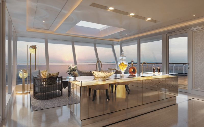 A fully-stocked bar in the Regent Suite solarium allows for unobstructed ocean views