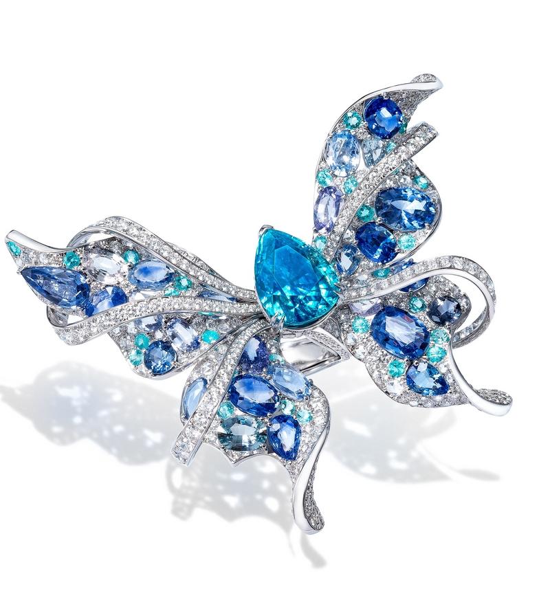 ANNA HU Le Papillon Ring in Zircon