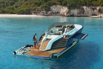 2017 Cannes Yachting Festival: Aeroboat S6 – a majestic line of yachts powered by Rolls-Royce