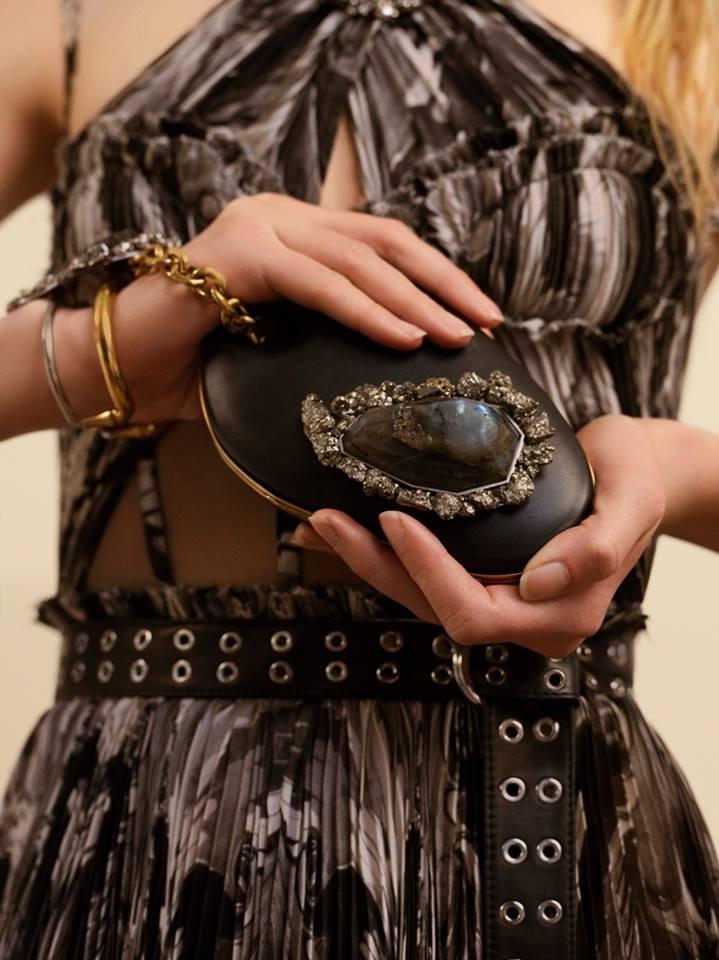 Alexander McQueen's Autumn-Winter 2017 - the Barbara Hepworth clutch for Alexander McQueen