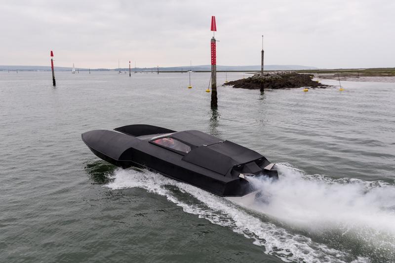 Alpha-Centauri luxury hydroplane-2017