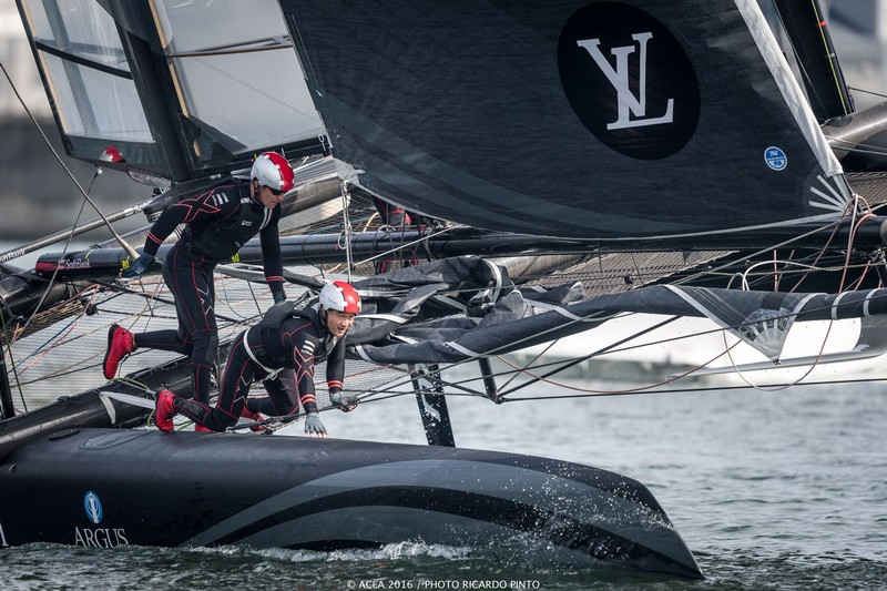 America's Cup Trophy photos-01