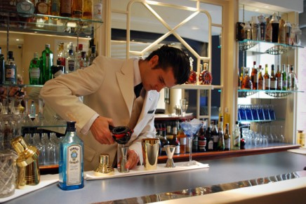 Top 10 classic cocktail bars in London