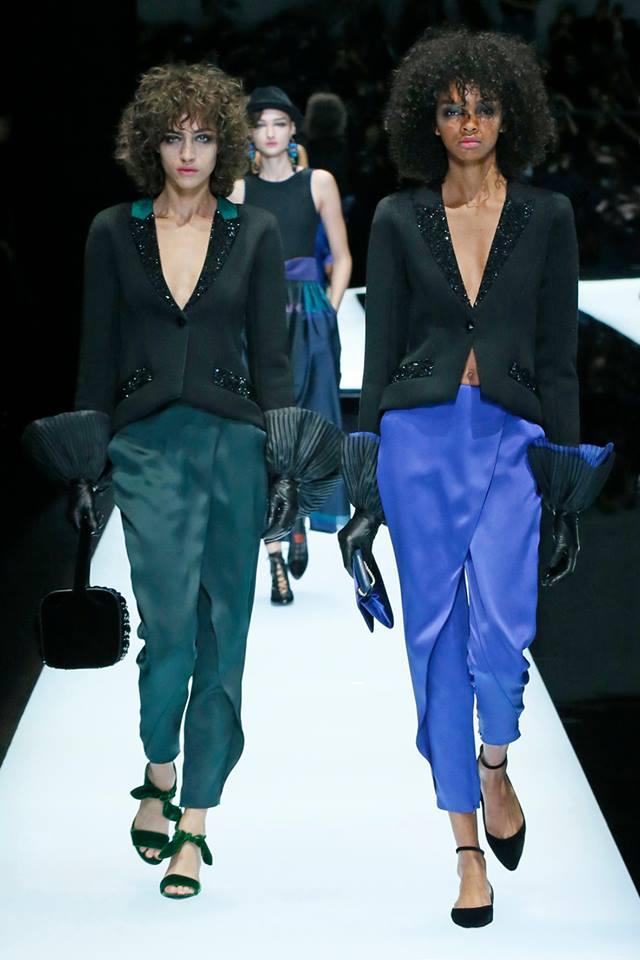 Armani -A closer look at the Giorgio Armani Women's Fall Winter 2017-2018 - Copy