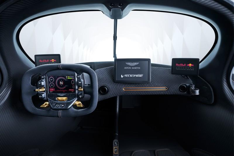 Aston_Martin_Valkyrie_interior-