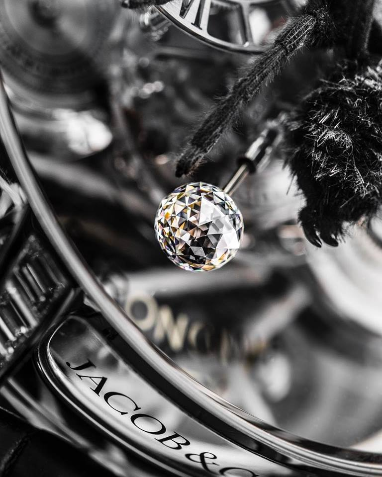 Astronomia Clarity Spider details - special little sphere, performing 30-second rotations around its axis