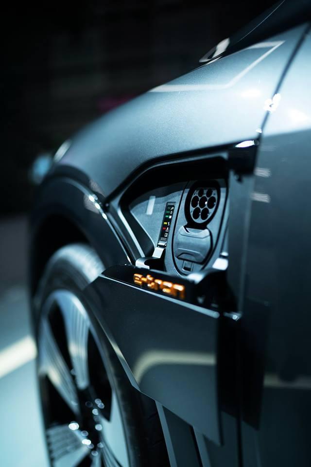 Audi e-tron GT concept show car
