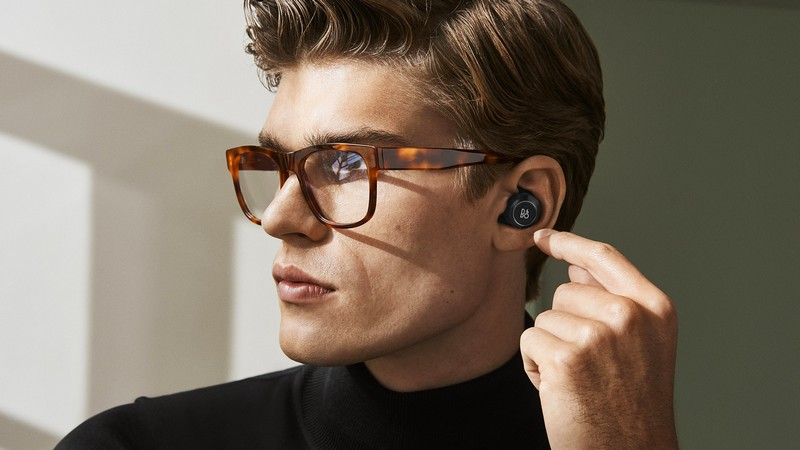 BEOPLAY E8 - TRUE WIRELESS THAT EMBRACES REAL SOUND-