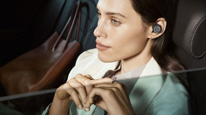 BEOPLAY E8 - TRUE WIRELESS THAT EMBRACES REAL SOUND