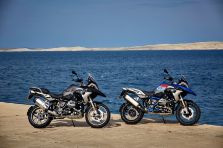 BMW Motorrad sold more motorcycles and maxi scooters than ever before