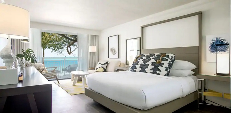 Baker's Cay Resort Key Largo, Curio Collection by Hilton - guest bedroom