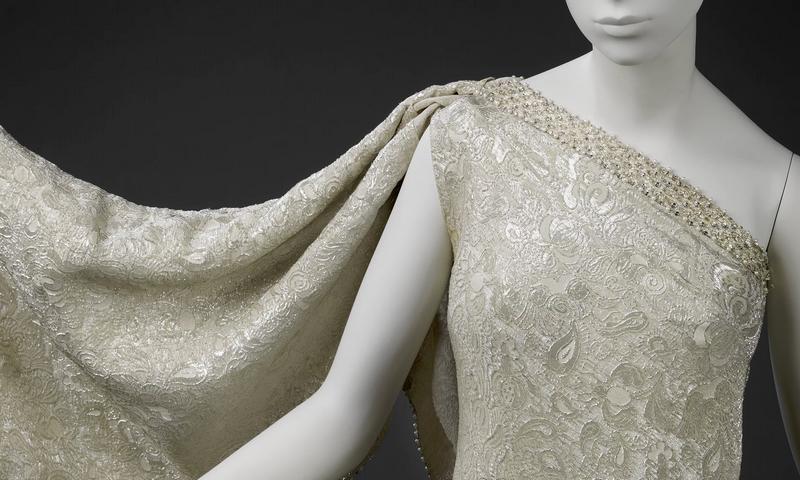 Balenciaga - Sari dress in brocaded silk, designed by Cristóbal Balenciaga in 1966.