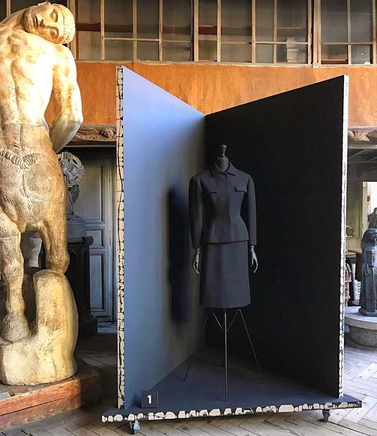 Balenciaga, working in black-Balenciaga, l'oeuvre au noir exhibition-musee bourdelle 2017-