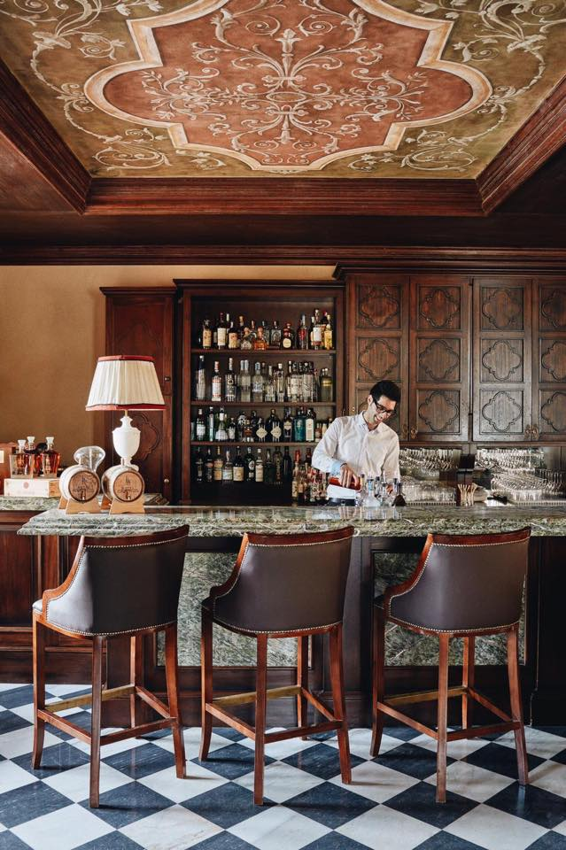 Belmond Castello di Casole - Make yourself comfortable at Bar Visconti, pick your drink and relax while enjoying the view