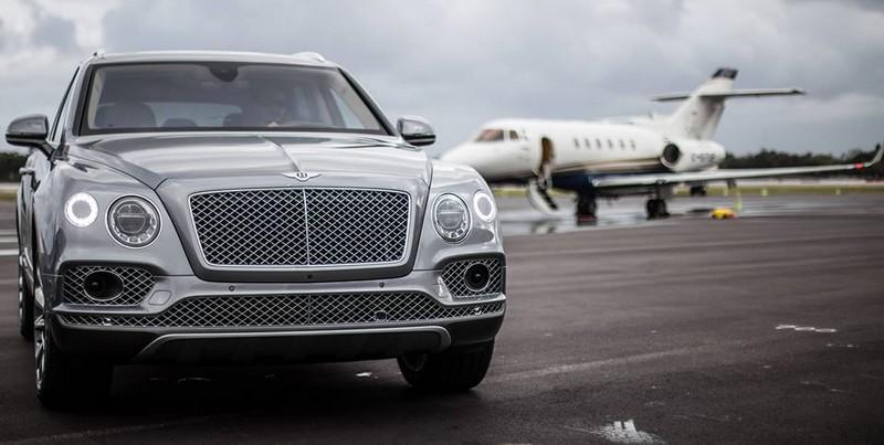 Bentley Bentayga Airport