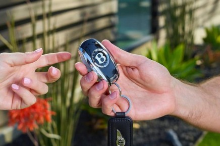 Bentley launches a new luxury connected-mobility service