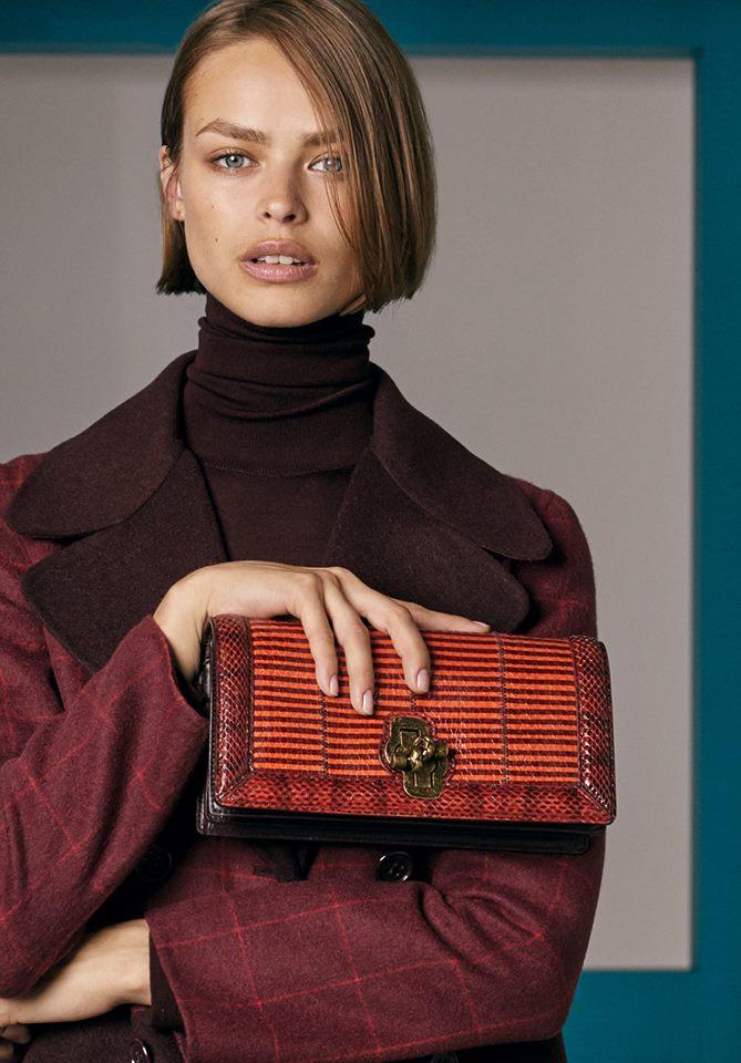 Bold hues and geometric graphics define the bags of Bottega Veneta Cruise 2018 collection-bags-01