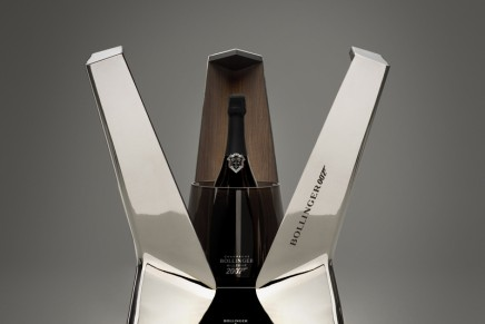 40 Years of Bollinger & 007: Bollinger Tribute to Moonraker Luxury Limited Edition