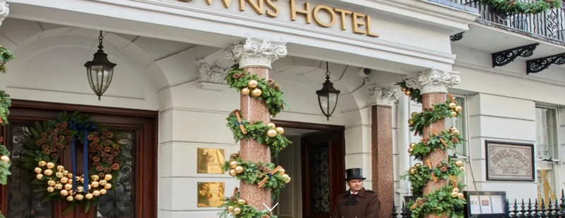 Brown's Hotel, A Rocco Forte Hotel entrance-