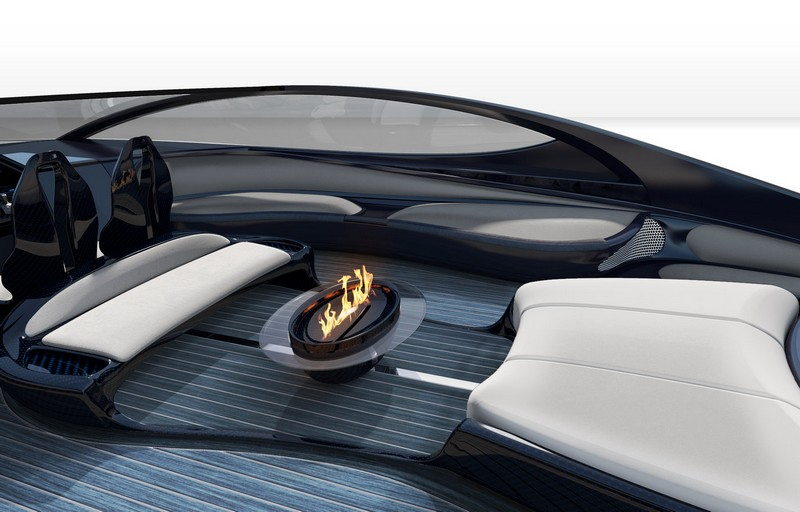 Bugatti Niniette 66 yacht - firepit