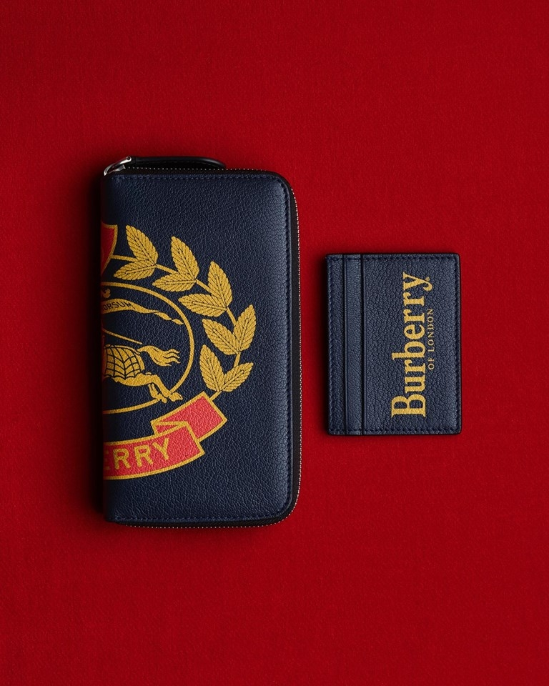 Burberry leather goods 2019