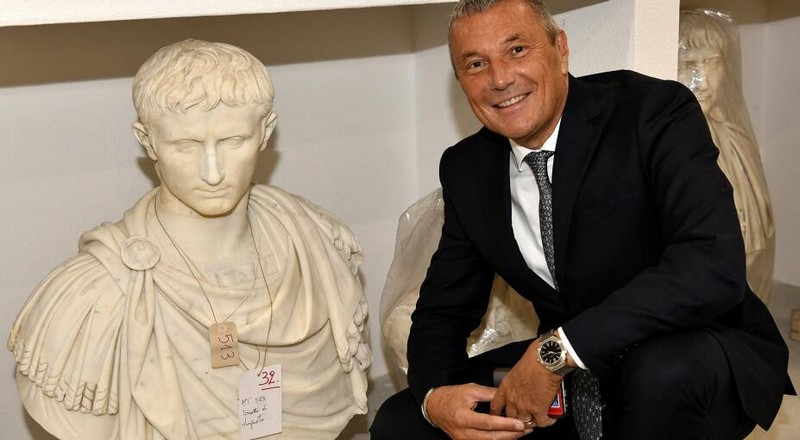 Bvlgari contributes to restoration of 96 ancient marble statues from the Torlonia Collection-01