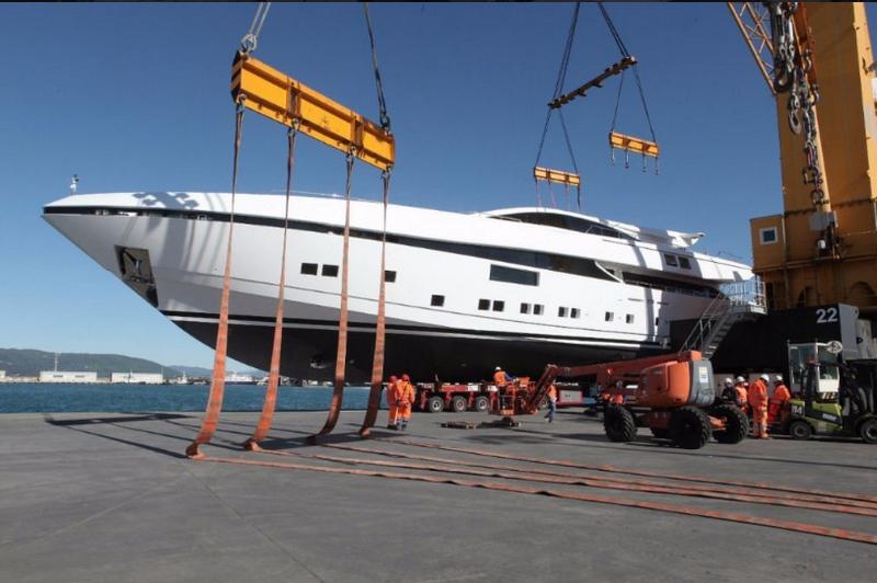 CNN Elsea 50m yacht-launch
