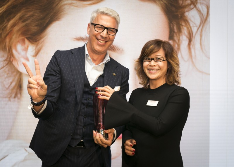 COSMOPROF ASIA VISITORS' CHOICE WINNER