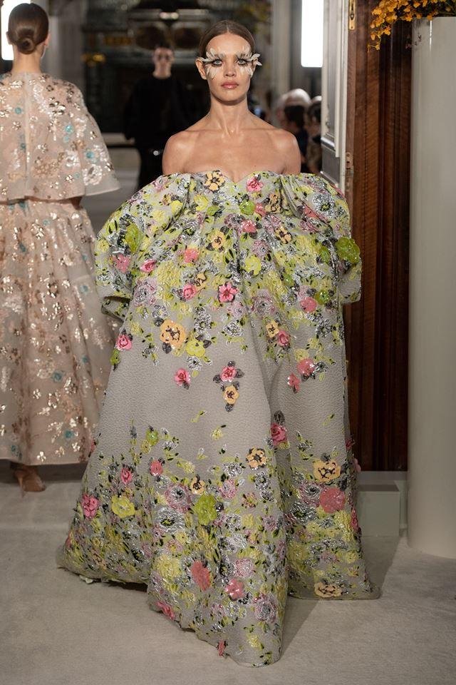 Camelia, Tagete, Gardenia, Ranuncolo look - Valentino Haute Couture SS 2019