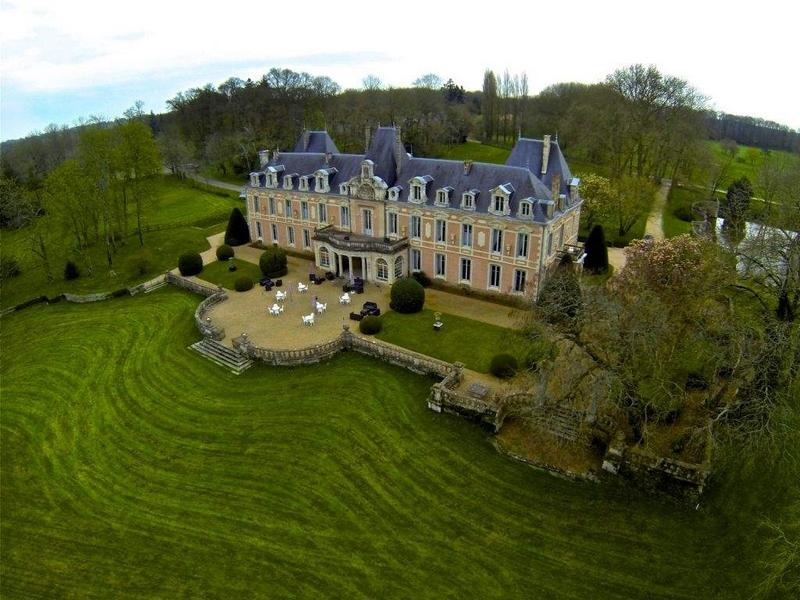 Château du Petit Chêne from above