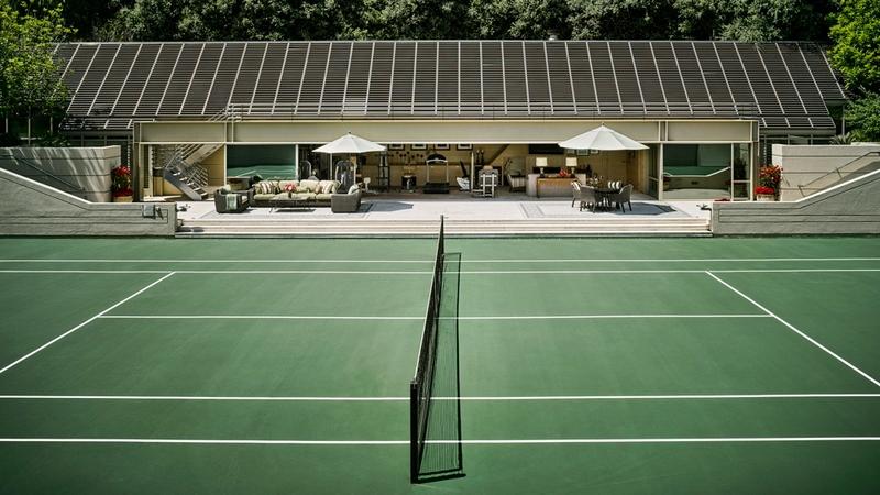 Championship tennis court