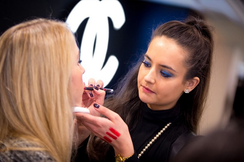 Chanel Creative Makeup Studio