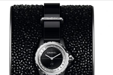 Chanel Horlogerie J12·XS: a tribute to Lesage unique savoir-faire and Haute Couture