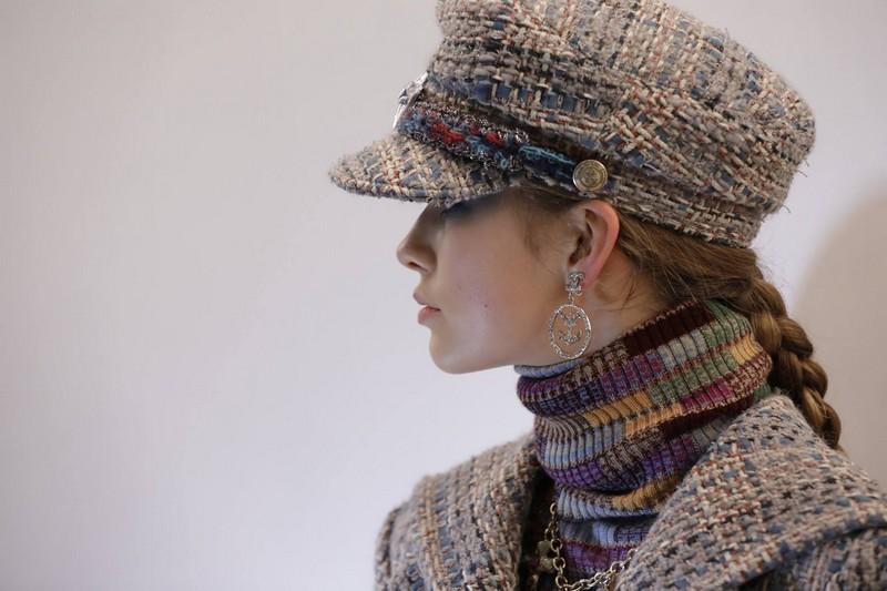 Chanel Paris-Hamburg 2017-2018 Métiers d'art show-01